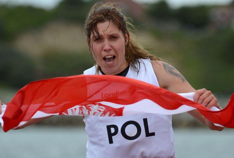 Zofia Noceti-Klepacka cieszy się z brązowego medalu (fot. PAP/Bartłomiej Zborowski)