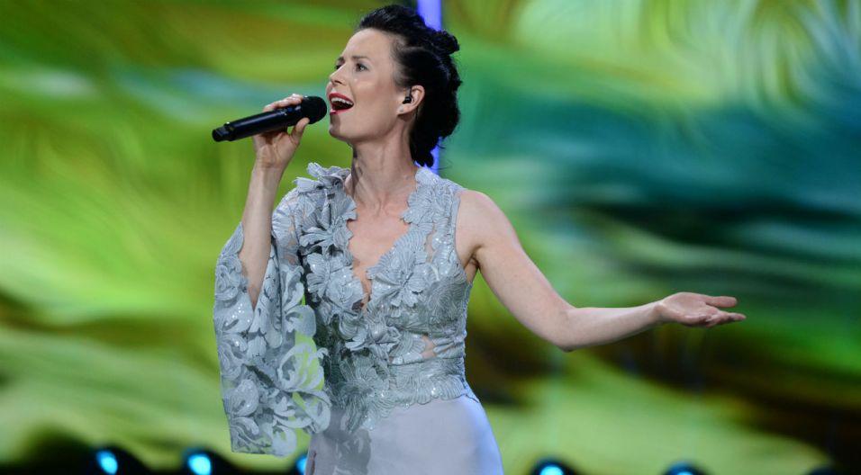 """""""Ja z podróży"""" w wykonaniu Magdaleny Kumorek spodobało się publiczności (fot. J.  Bogacz/TVP)"""