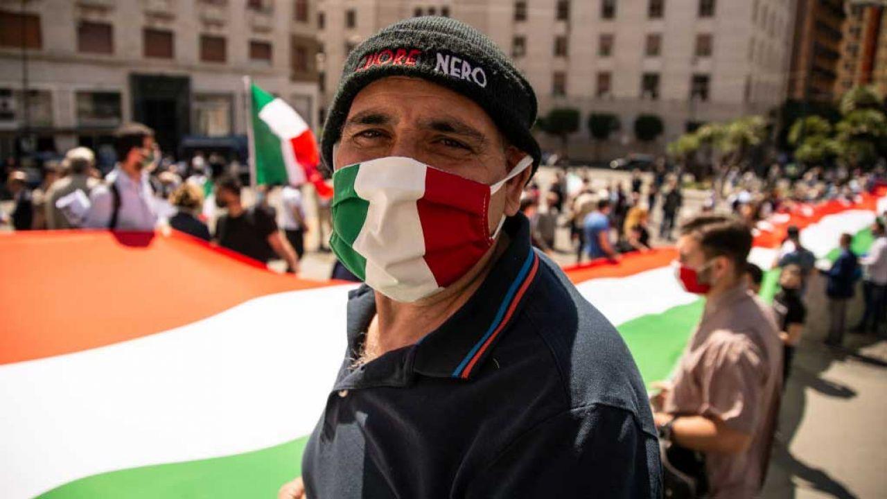 Włochy to jeden z najbardziej dotkniętych epidemią koronawirusa krajów w Europie (fot. Ivan Romano/Getty Images)