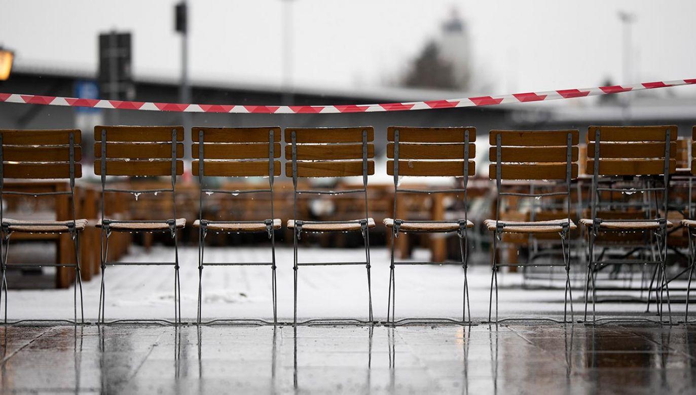 Niemcy powoli łagodzą restrykcje spowodowane pandemią (fot. Florian Gaertner/Photothek via Getty Images)