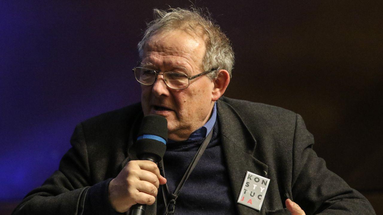 """Adam Michnik, redaktor naczelny """"Gazety Wyborczej"""" (fot. Michal Fludra/NurPhoto via Getty Images))"""