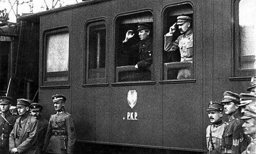 Józef Piłsudski i Symon Petlura w Winnicy, Wyprawa kijowska, kwiecień 1920 r. . Fot. Wikimedia Commons/autor nieznany - Adam Szelagowski