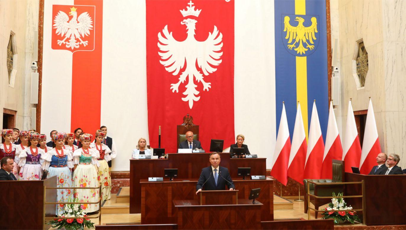 Prezydent Andrzej Duda wystąpił w historycznej Sali Sejmu Śląskiego (fot. PAP/Andrzej Grygiel)