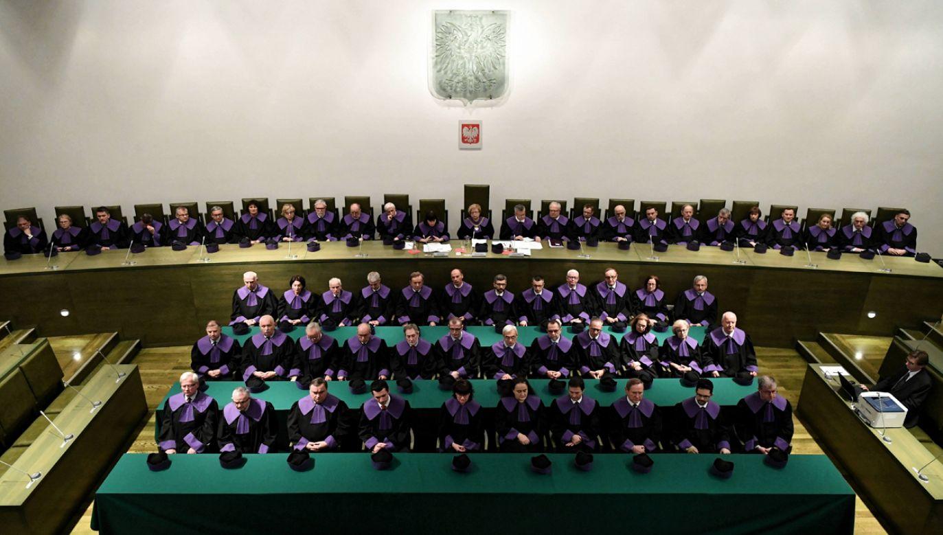 Mimo zawieszenia trzech izb część sędziów spotkała się w siedzibie SN (fot. PAP/Piotr Nowak)