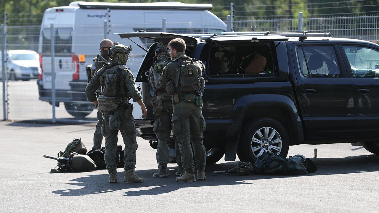 Zdaniem służb sytuacja jest bardzo poważna (fot. PAP/EPA/PER KARLSSON SWEDEN)
