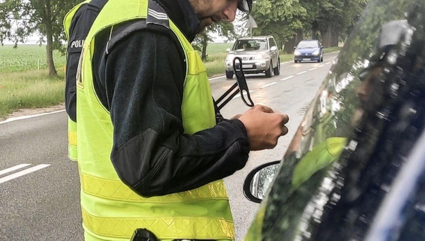 Autem kierował 17-latek, który nie ma prawa jazdy (fot. policja.pl, zdjęcie ilustracyjne)