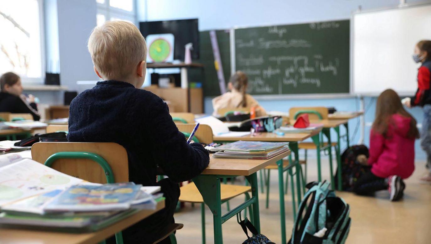 Nauka w szkołach (fot.  PAP/Leszek Szymański)