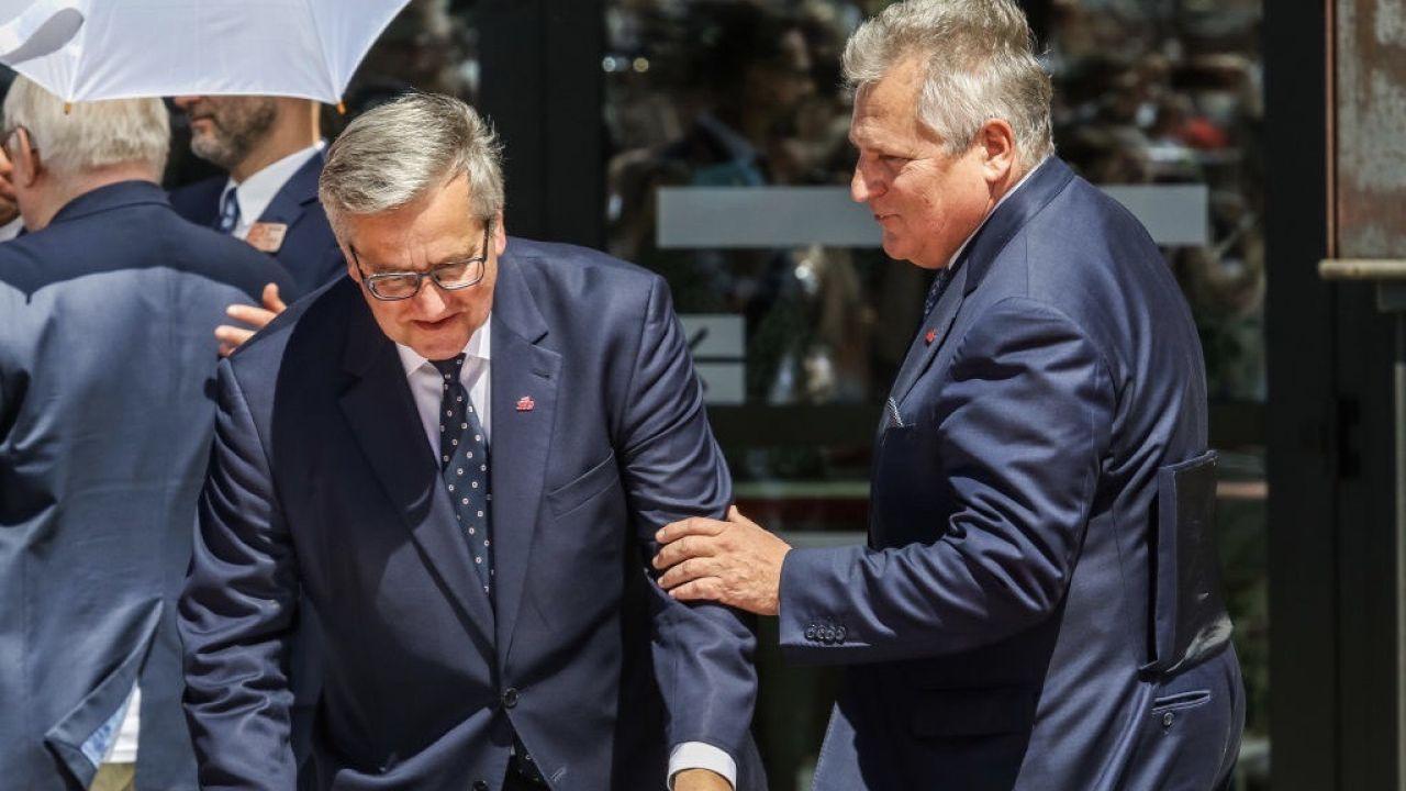 """Byli prezydenci uważają, że wybór Trzaskowskiego jest """"lepszy dla Polski"""" (fot. Michal Fludra/NurPhoto via Getty Images)"""