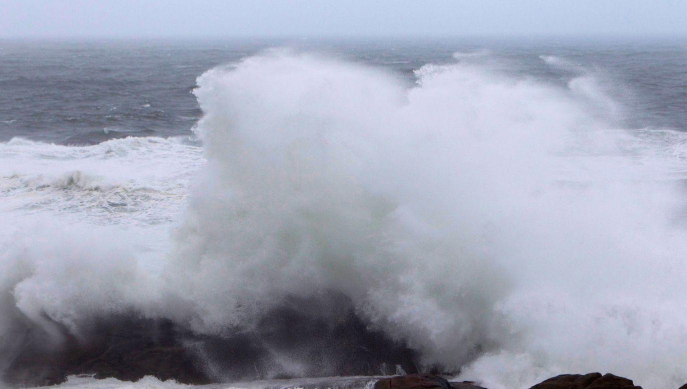 Sztormowa pogoda potrwa do czwartku (fot. PAP/EPA/SALVADOR SAS)
