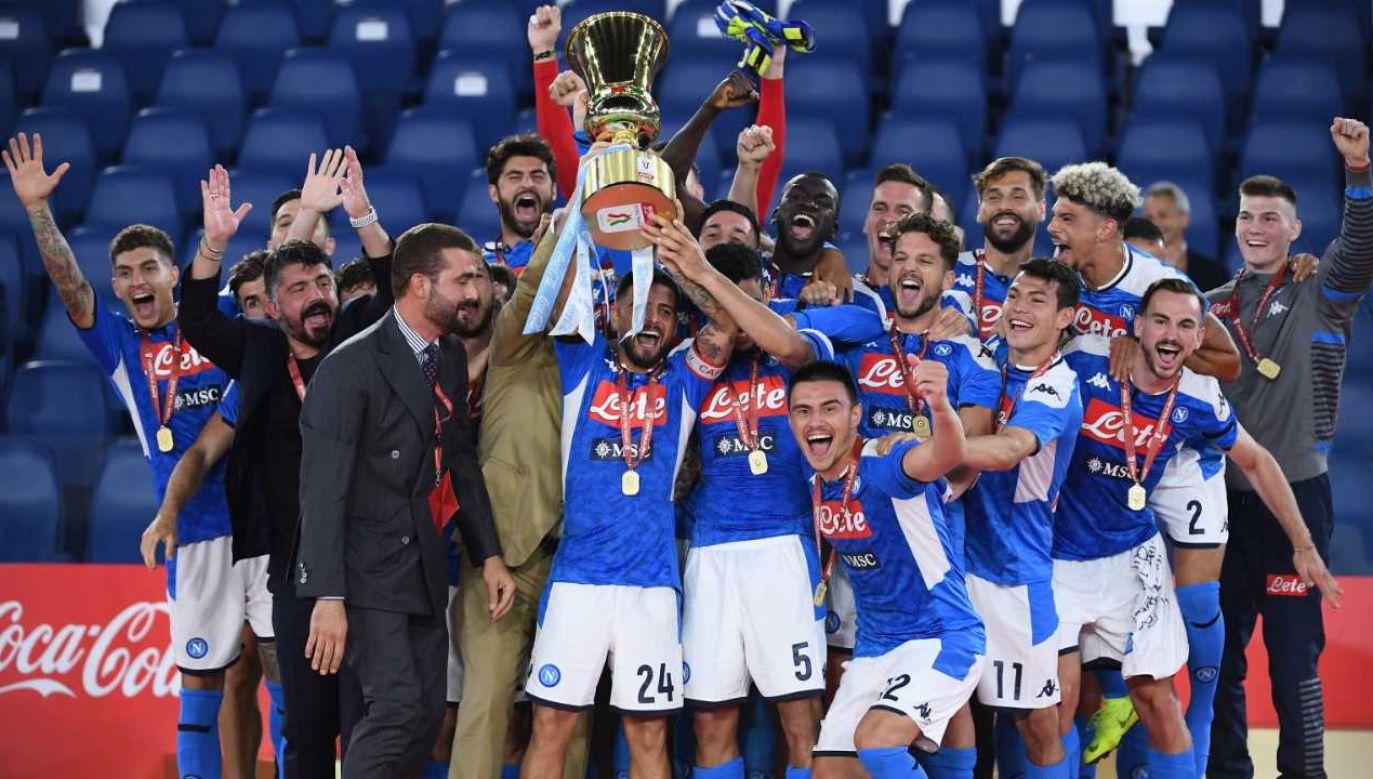 To szósty w historii Puchar Włoch zdobyty przez Napoli (fot. PAP/EPA/ETTORE FERRARI)
