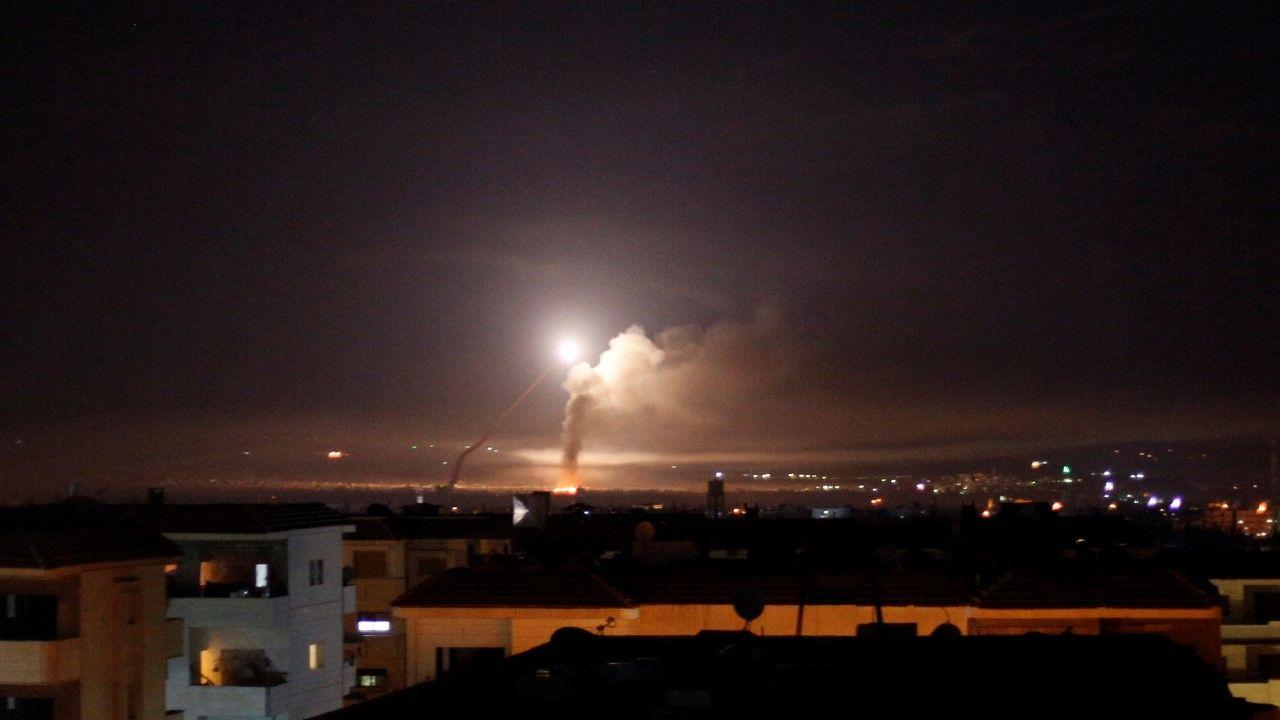 W niedzielę wieczorem została aktywowana syryjska obrona przeciwlotnicza w Damaszku i jego okolicach(ZDJĘCIE ILUSTRACYJNE) (fot. REUTERS/Omar Sanadiki)