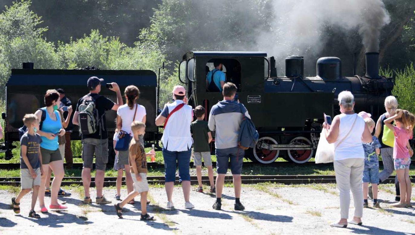 Bon turystyczny obowiązuje od 1 sierpnia (fot. PAP/Darek Delmanowicz)