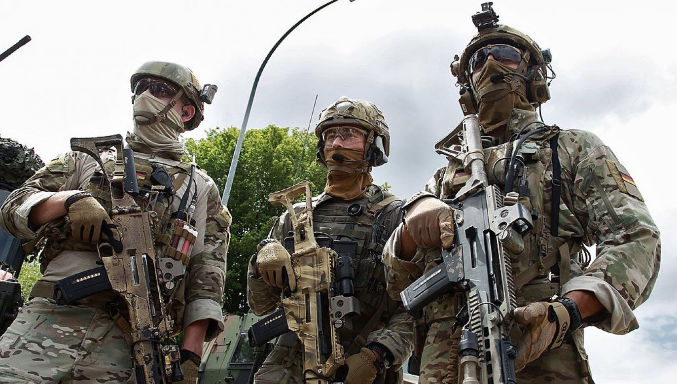 Obecny chaos w jednostce wynika z kontaktów żołnierzy z tej formacji z organizacjami ekstremistycznymi (fot. Thomas Niedermueller/Getty Images)