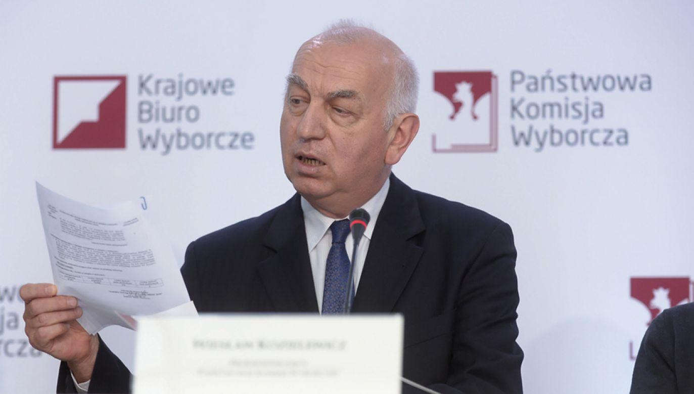 Przewodniczący Państwowej Komisji Wyborczej Wiesław Kozielewicz (fot. PAP/Marcin Obara)