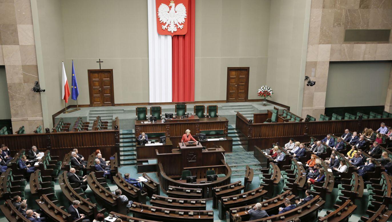 W Sejmie odbywa się dwudniowe szkolenie dla posłów, którzy zasiądą w Sejmie po raz pierwszy (fot. PAP/Leszek Szymański)