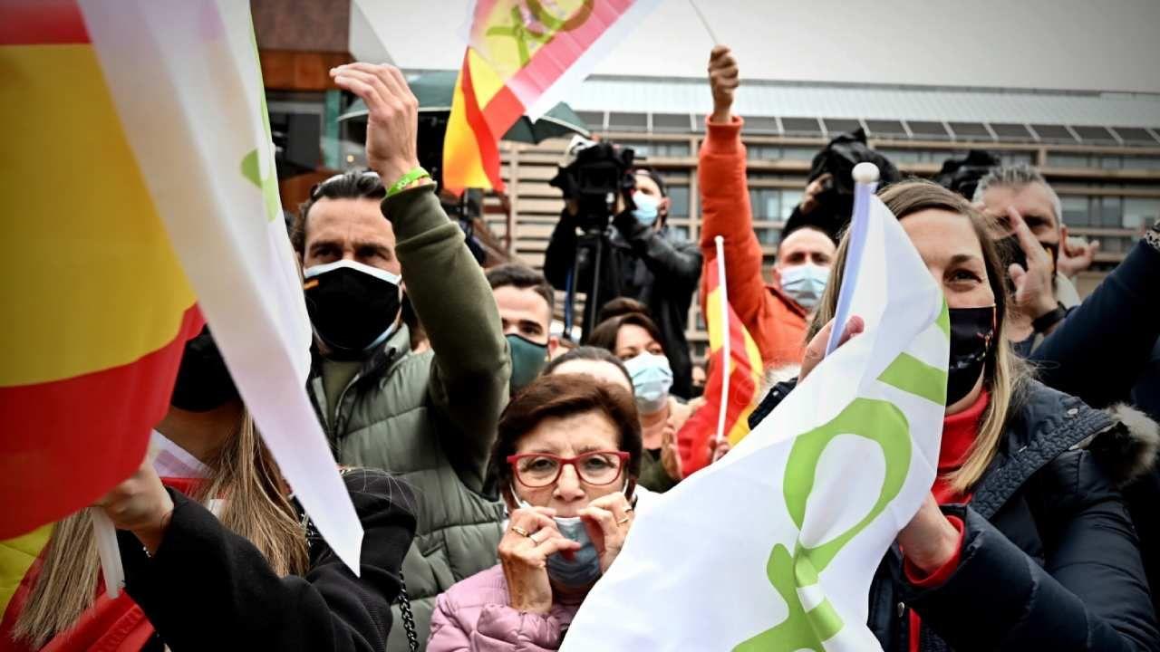 Wybory do autonomicznego parlamentu regionu Madrytu odbędą się 4 maja (fot. PAP/EPA/Fernando Villar)