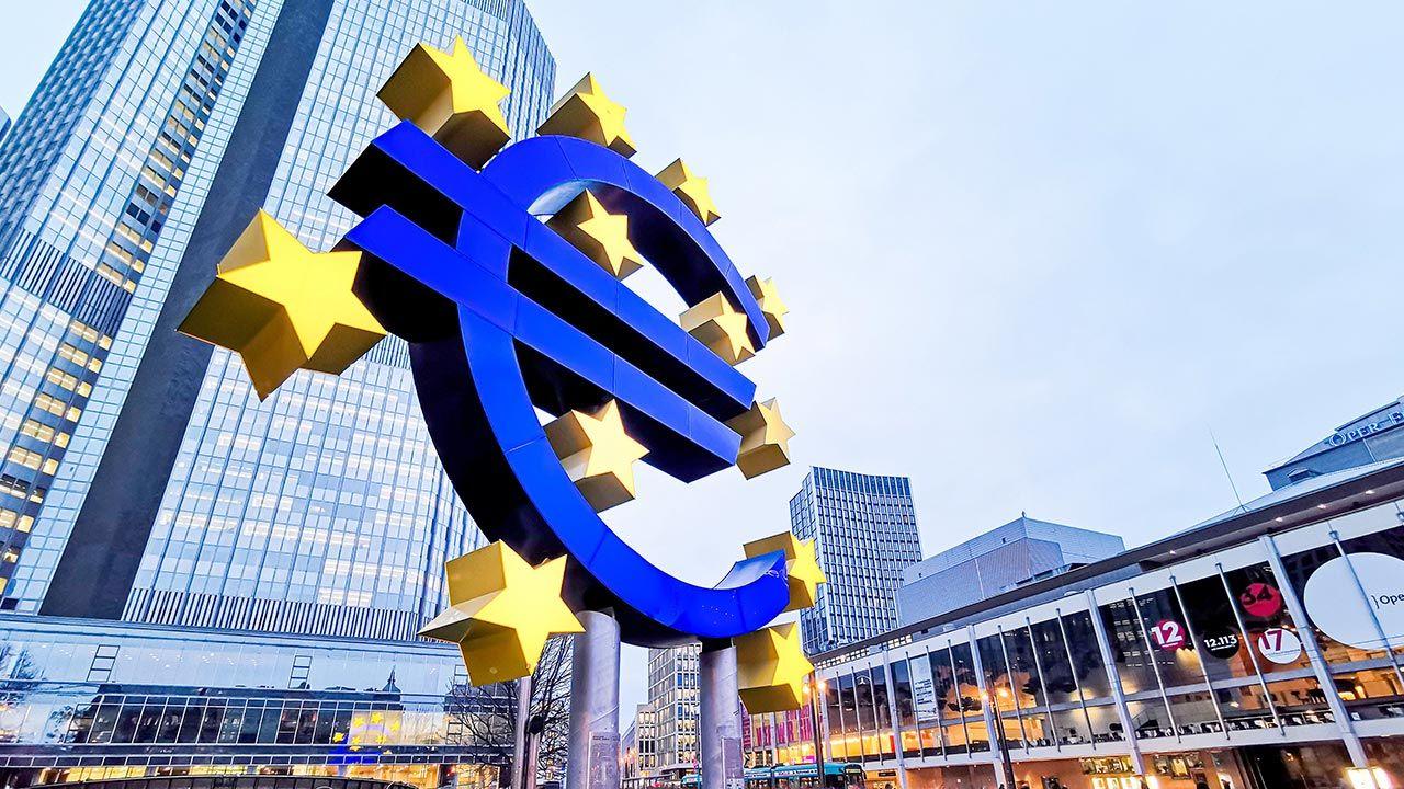 Powołanie Funduszu Odbudowy wymaga zgody wszystkich państw członkowskich UE (fot. Shutterstock/ilolab)
