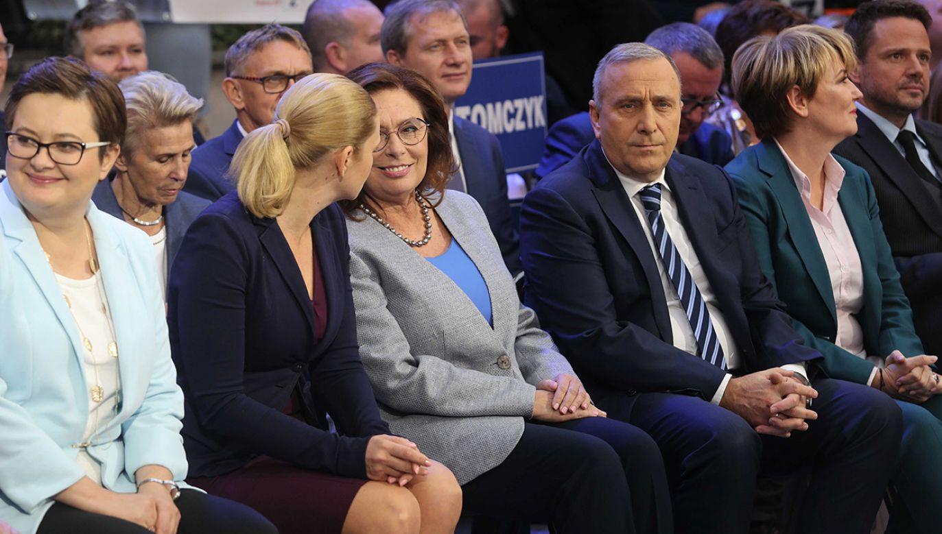 """Bogdan Zdrojewski przyznaje, że """"sam nie dowierzał"""" w to, jak była prowadzona kampania Koalicji Obywatelskiej (fot. PAP/Roman Zawistowski)"""