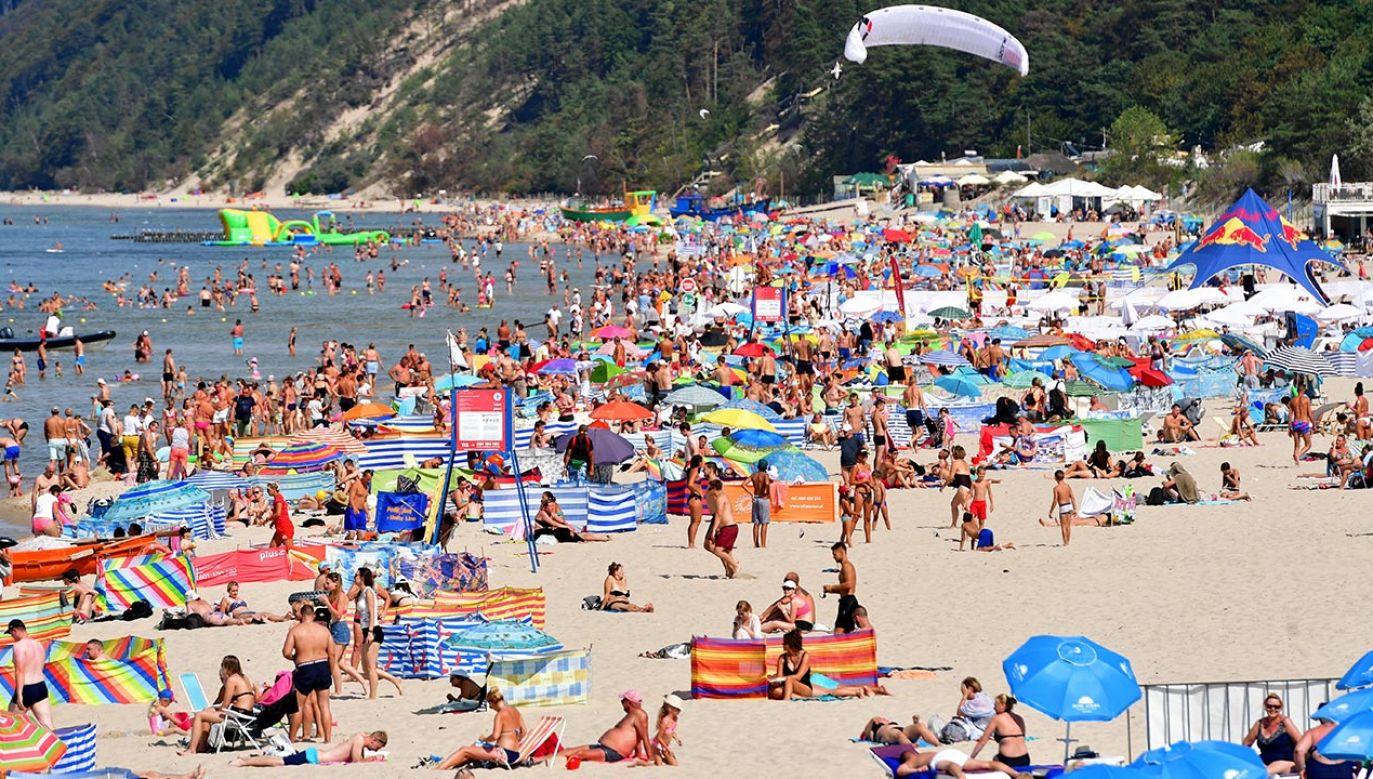 Jaka będzie pogoda w wakacje w Polsce? Ekspert wyjaśnia (fot. PAP/Marcin Bielecki)