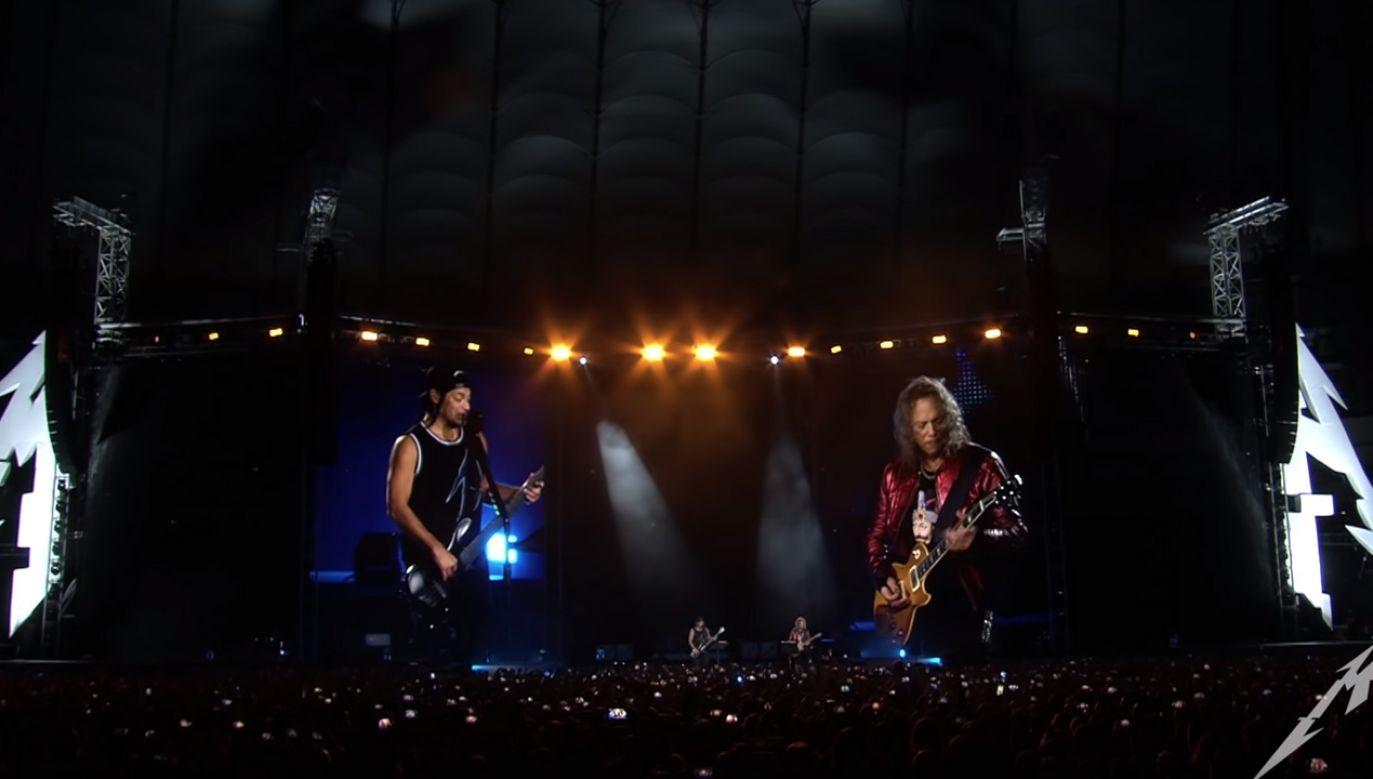 Na stadionie PGE Narodowy w Warszawie z tysięcy gardeł publiczności popłynęły słowa utworu (fot. YouTube/Metalica)