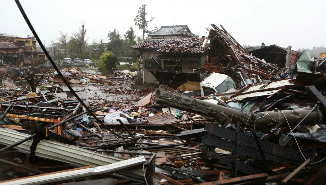 Wkrótce po tajfunie doszło w Tokio do trzęsienia ziemi o magnitudzie 5,7 (fot. PAP/EPA/JIJI PRESS)