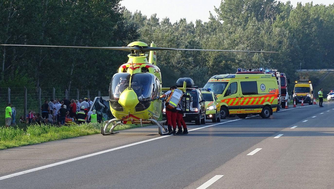 W wypadku zginęła jedna osoba (fot.   PAP/EPA/Ferenc Donka)