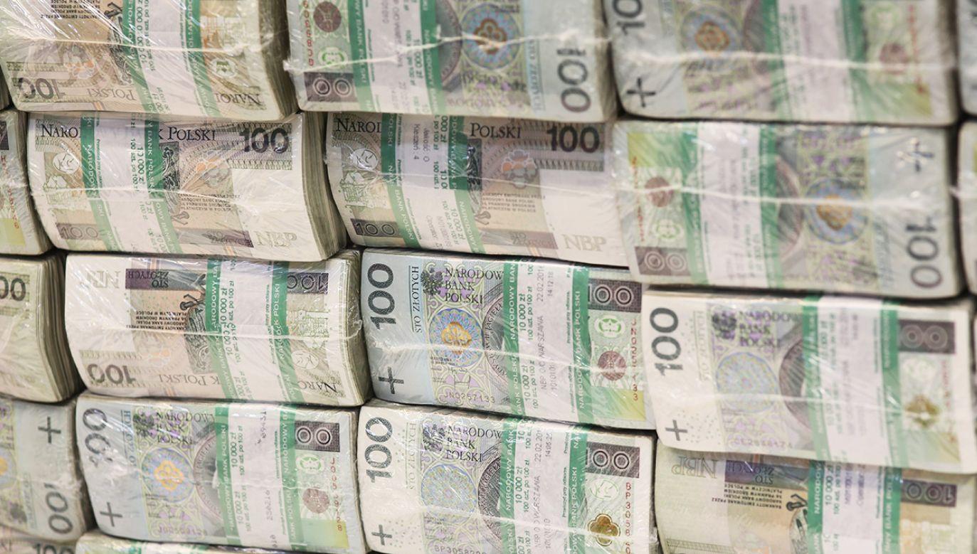 Ministerstwo Finansów zapewnia, że budżet na 2020 r. spełnia kryteria deficytu sektora finansów (fot. arch. PAP/Leszek Szymański)