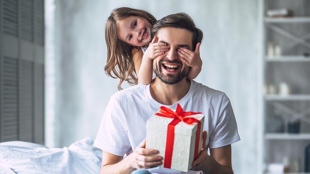 Dzień Ojca 2021 (fot. Shutterstock/4 PM production)
