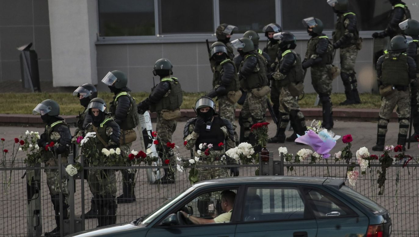 Od niedzieli w Mińsku i innych miastach Białorusi trwają protesty (fot. PAP/EPA/TATYANA ZENKOVICH)