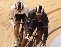 Gregory Bauge (z prawej) sięgnał po złoto w sprincie (fot. Getty Images)