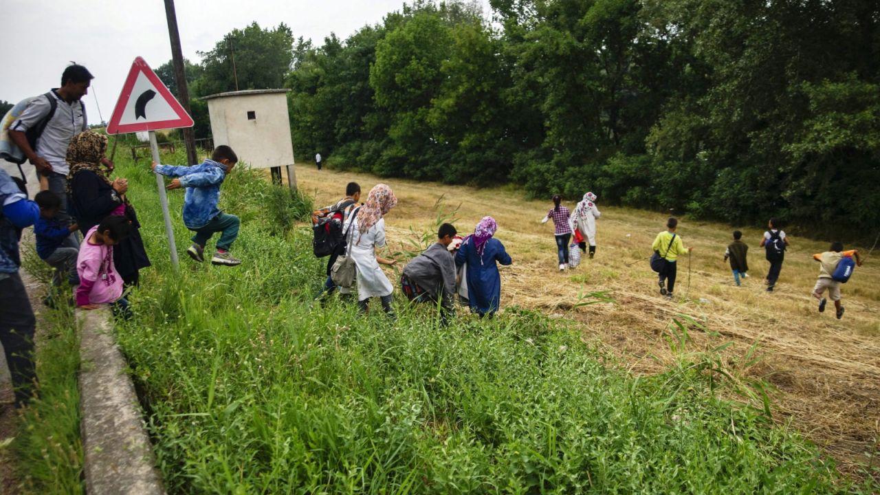 Przez Serbię imigranci przedostają się do UE (fot. PAP/EPA/ZOLTAN BALOGH)