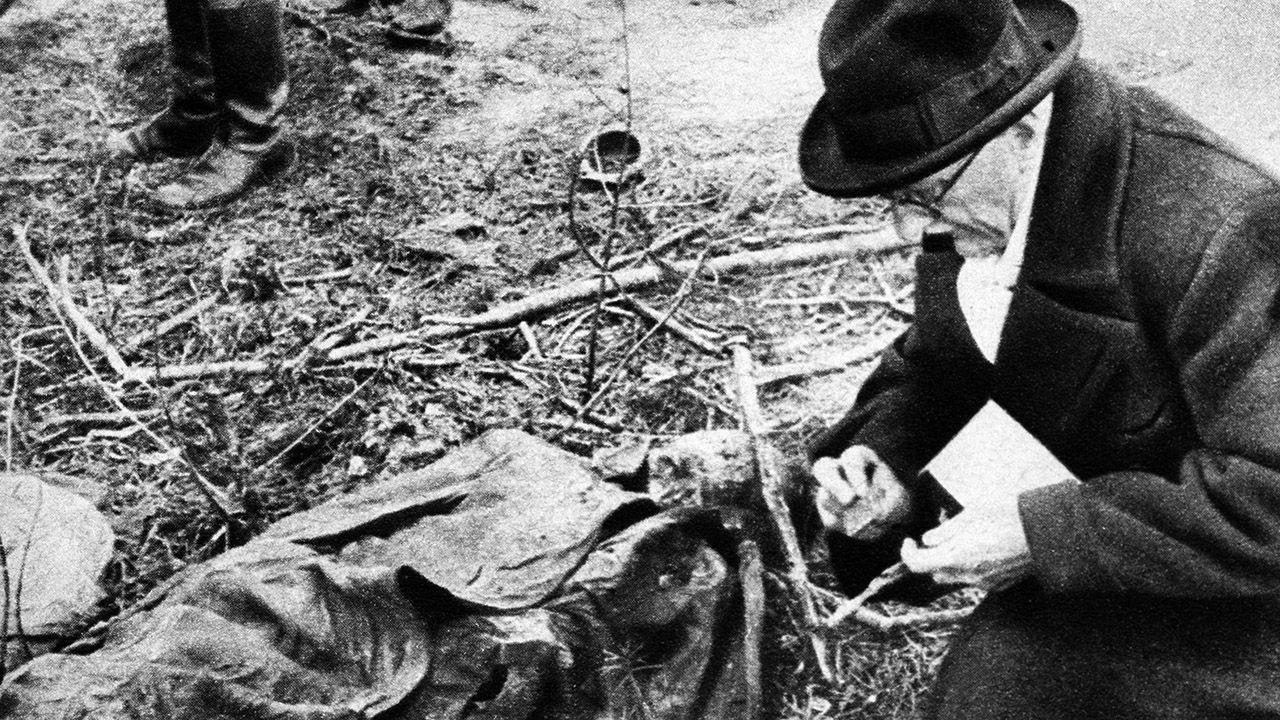 Niemcy starali się przedstawiać zbrodnię katyńską jako dzieło sowieckich Żydów (fot. Keystone-France/Gamma-Keystone via Getty Images)