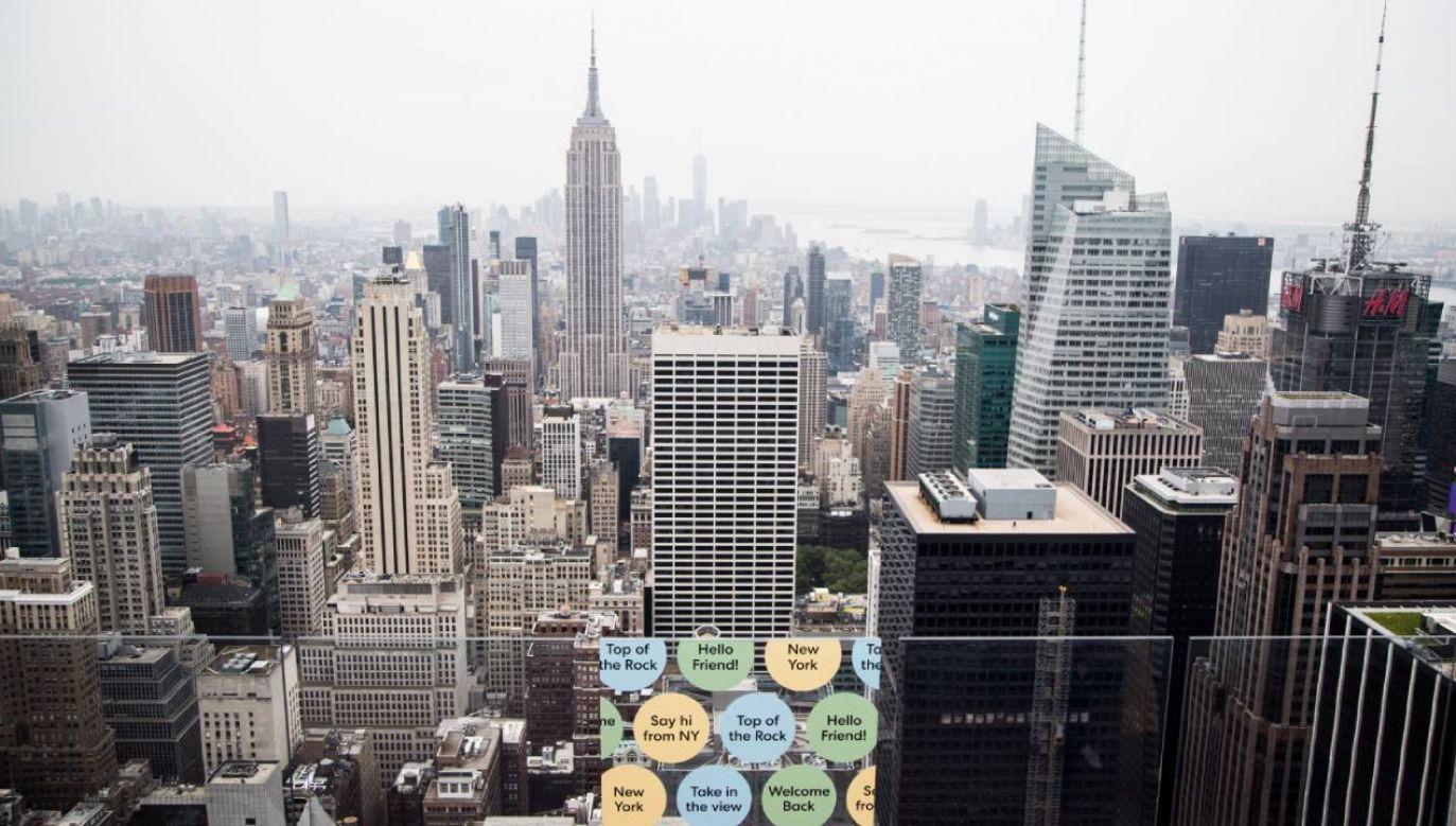 Burmistrz Nowego Jorku zdecydował o wstrzymaniu eksmisji z mieszkań w związku z nieopłaconym czynszem (fot. PAP/EPA/Alba Vigaray)