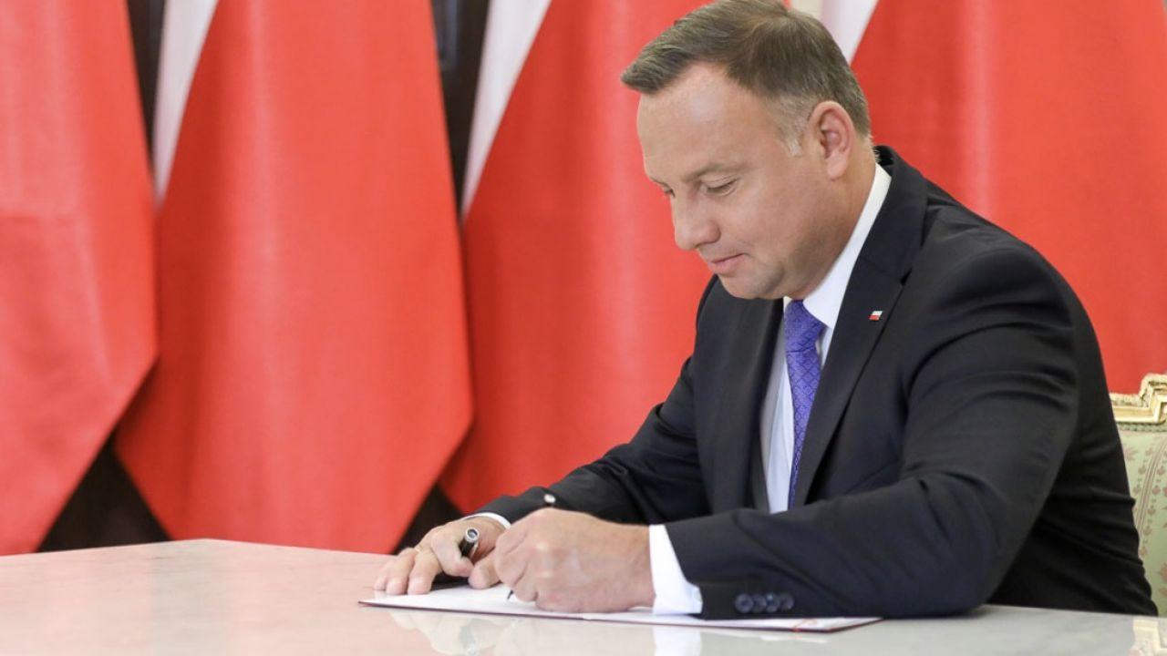 Ustawa o podwyżkach emerytur dla opozycjonistów podpisana (fot. Krzysztof Sitkowski/KPRP)