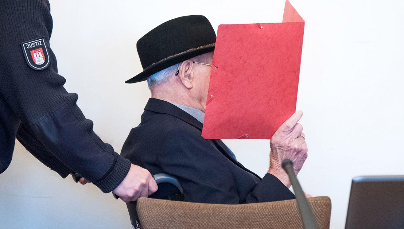 Oskarżony nie przyznaje się do winy (fot. PAP/EPA/Daniel Bockwoldt / POOL)