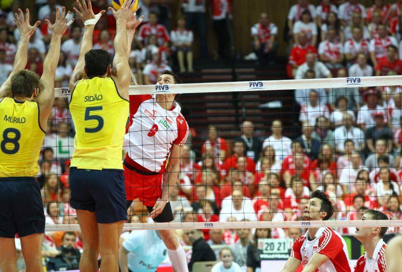 W niedzielę wiele razy mijaliśmy brazylijski blok (fot. Cezary Korycki SPORT.TVP.PL)