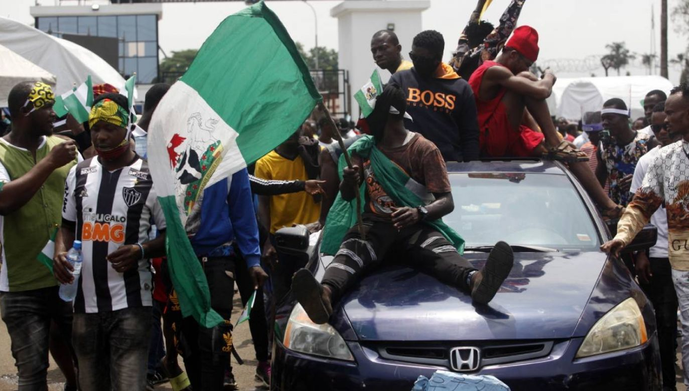 Manifestacje rozpoczęły się w Nigerii kilkanaście dni temu (fot. PAP/EPA/AKINTUNDE AKINLEYE)