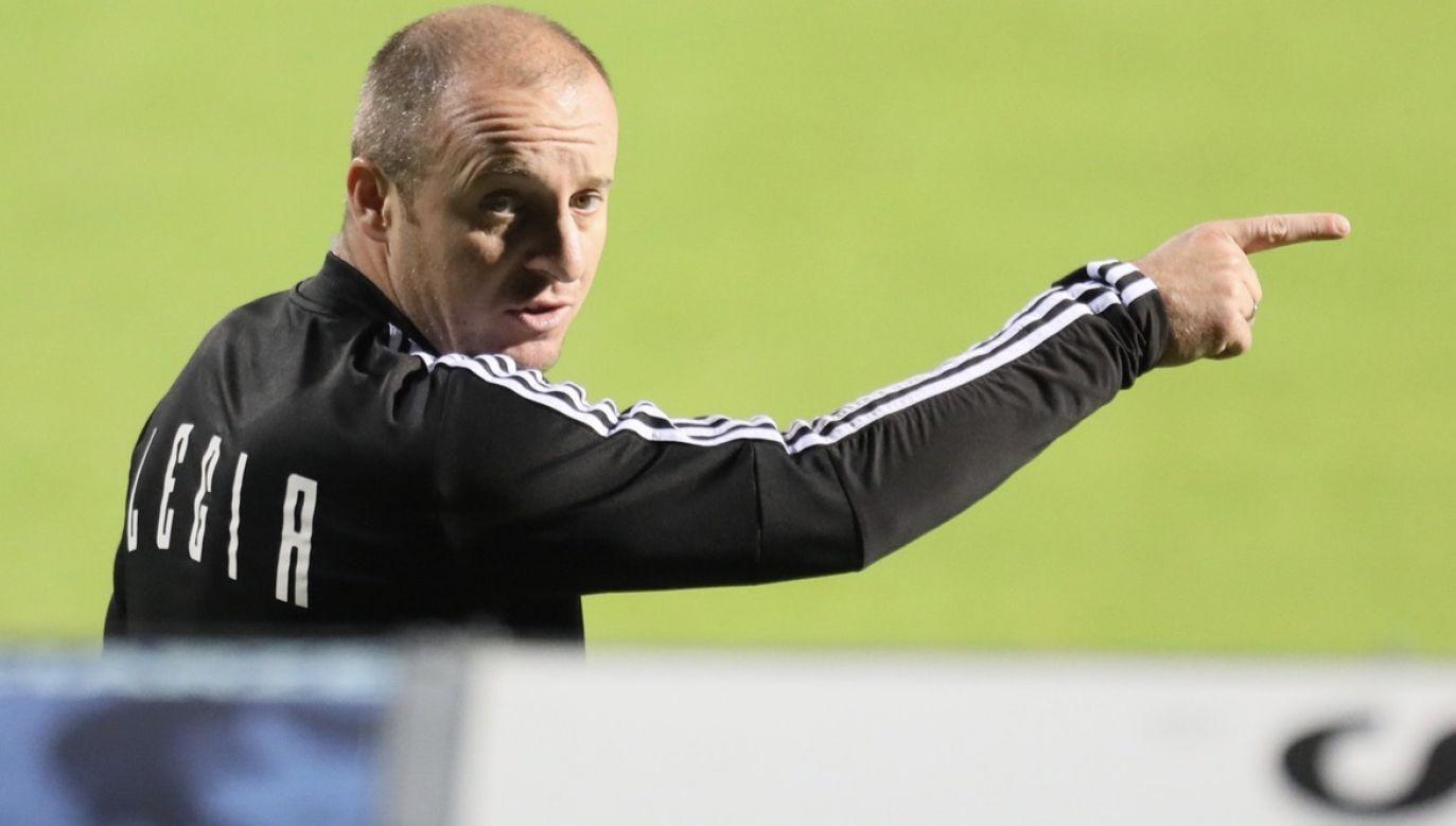 Vuković jest kolejnym trenerem, dla którego mistrzostwo Polski okazało się pocałunkiem śmierci (fot. PAP/Leszek Szymański)