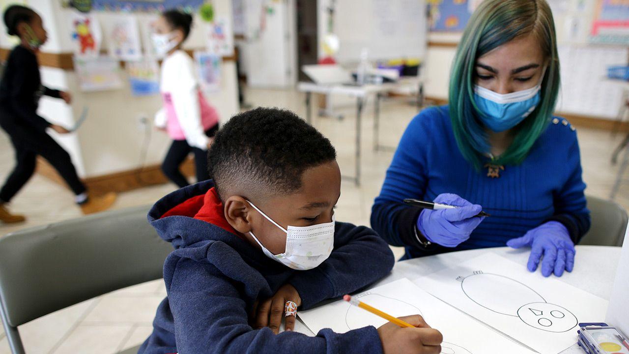 W Bostonie 80 proc. wszystkich uczniów to czarnoskórzy albo Hiszpanie (fot. Jonathan Wiggs/The Boston Globe via Getty Images)