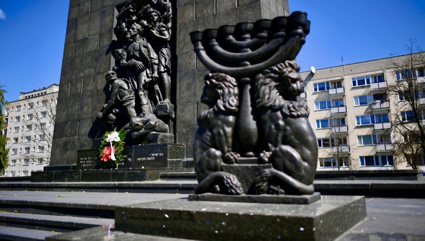 Pomnik Bohaterów Getta w Warszawie(fot. PAP/Marcin Obara)