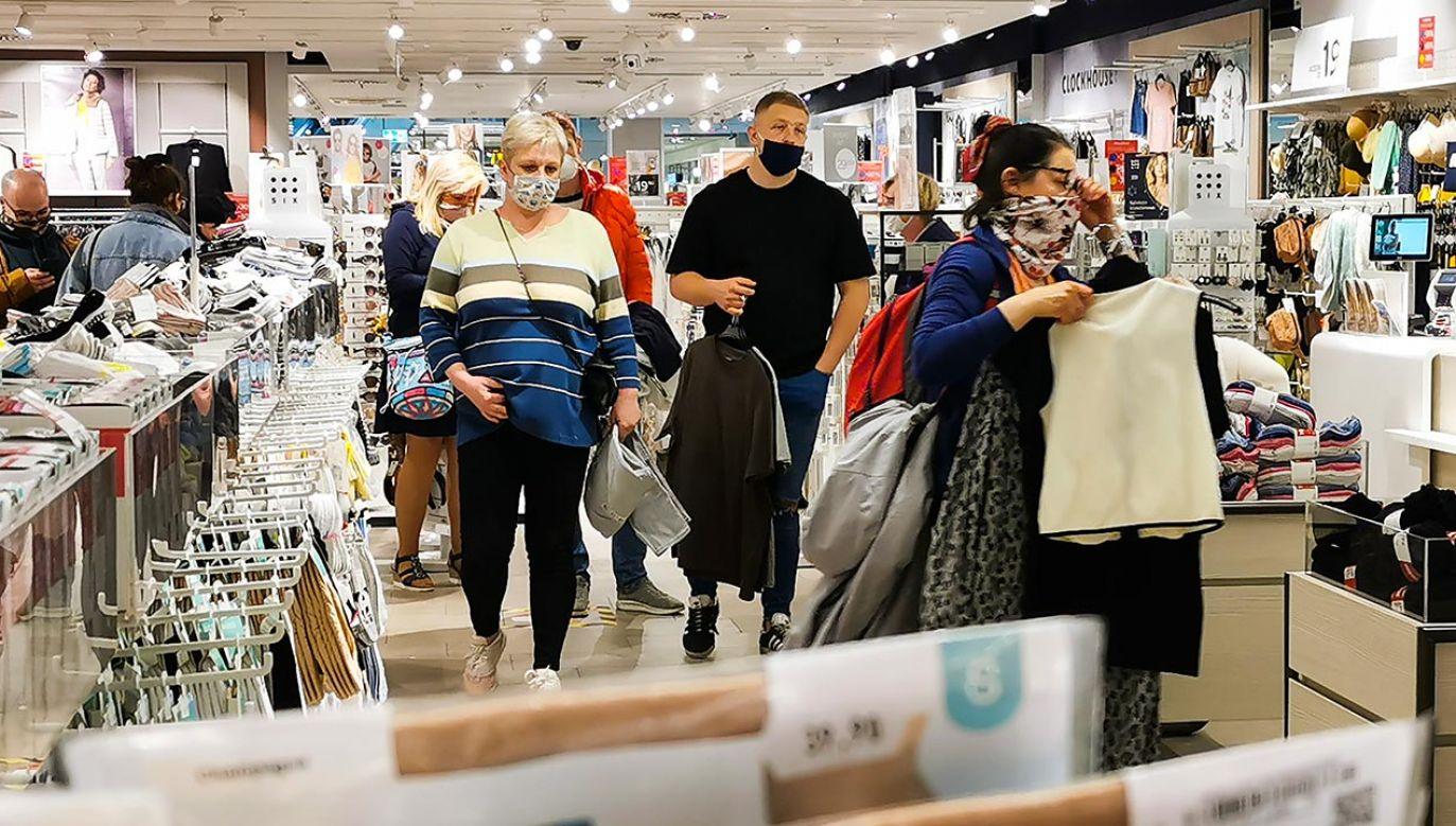 Gorący spór społeczny dotyczący decyzji TK przykrył inne ważne decyzje (fot. Beata Zawrzel/NurPhoto via Getty Images)