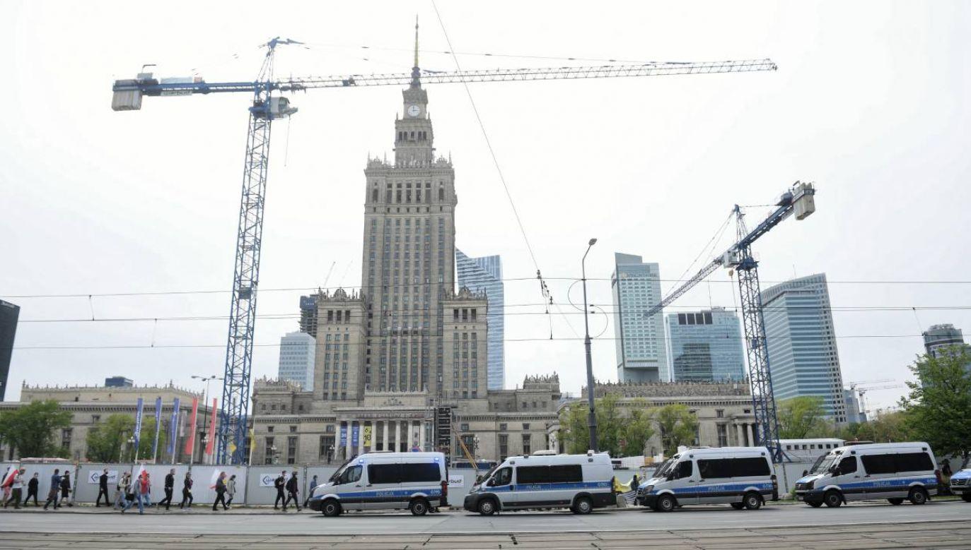 Po sobotnim proteście w centrum stolicy (fot.PAP/Radek Pietruszka)