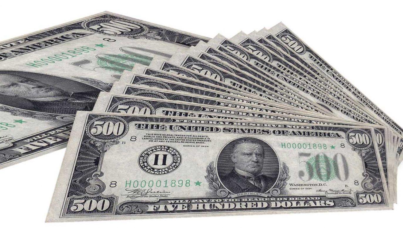 Największe zyski zanotowała pierwsza piątka najbogatszych, w której są Bezos i Zuckerberg  (fot. Pixabay/geralt)