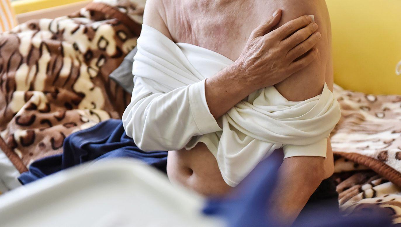 W czwartek Sejm debatował o szczepieniach przeciw COVID-19 i o nadzorze nad nimi (fot. PAP/Wojtek Jargiło)