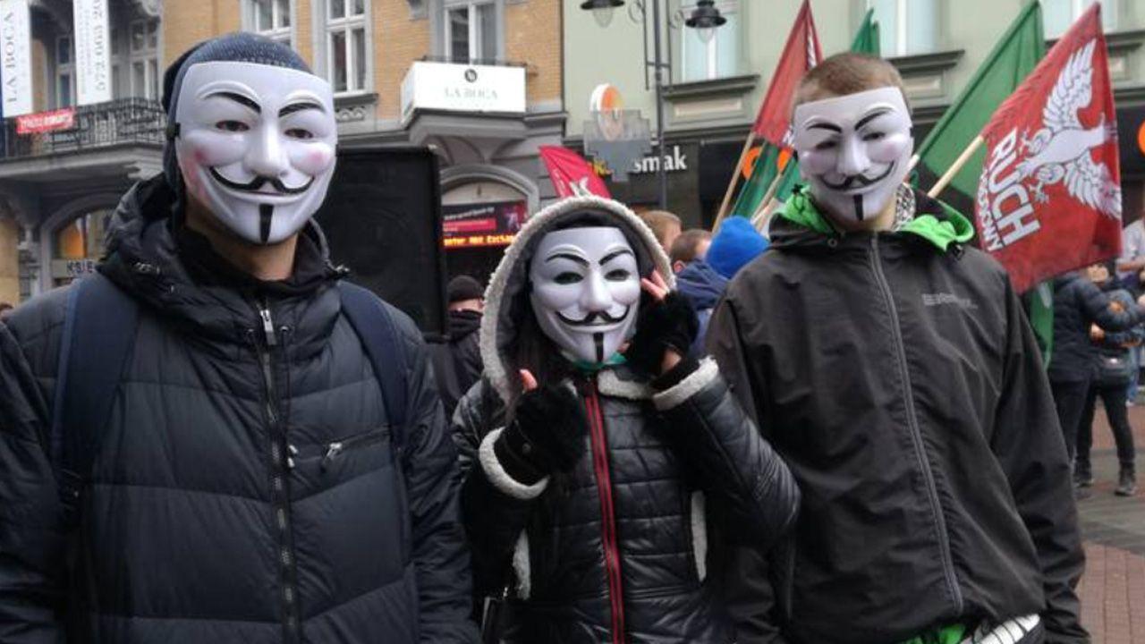 Manifestacja narodowców (fot. tt/polskathetimes)
