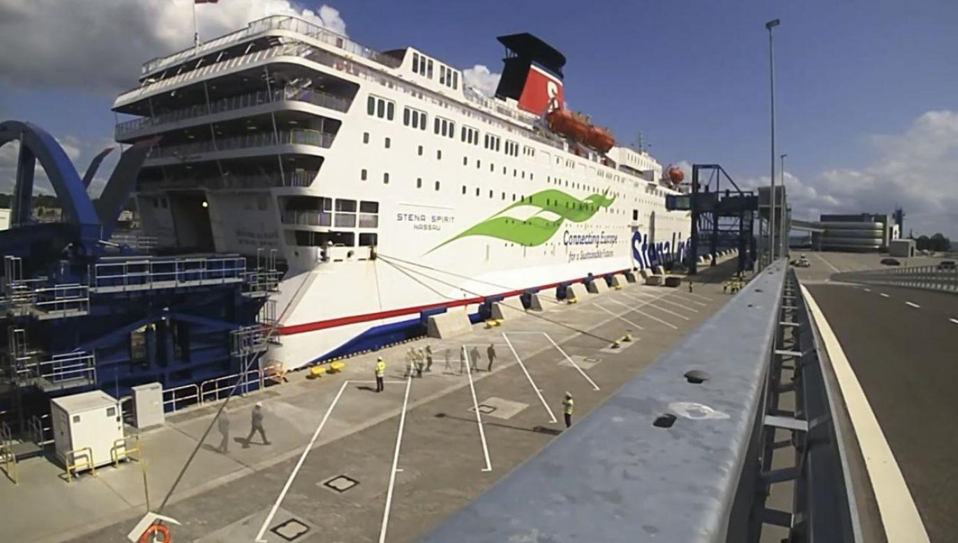 Nowy terminal dostosowano do obsługi promów o długości 240 m (fot. YouTUbe/PortGdyniaOfficial)