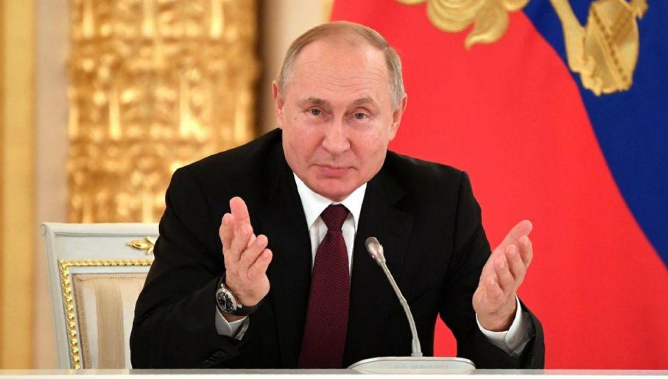 Rosyjski prezydent przyznał w tym dniu order św. Andrzeja konstruktorowi Gerbertowi Jefremowowi za prace nad systemem Awangard (fot. Alexander Nemenov/Pool via REUTERS)