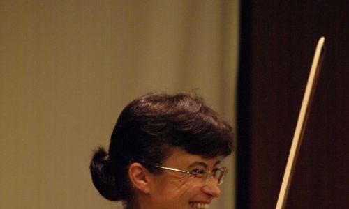 Hiszpanie potrafią godzinami rozmawiać na temat jedzenia, koloru wina i jego smaku. Podczas wyjazdów Orkiestry, najważniejszym punktem programu była przerwa obiadowa – śmieje się Barbara Walus. Fot. archiwum prywatne BW