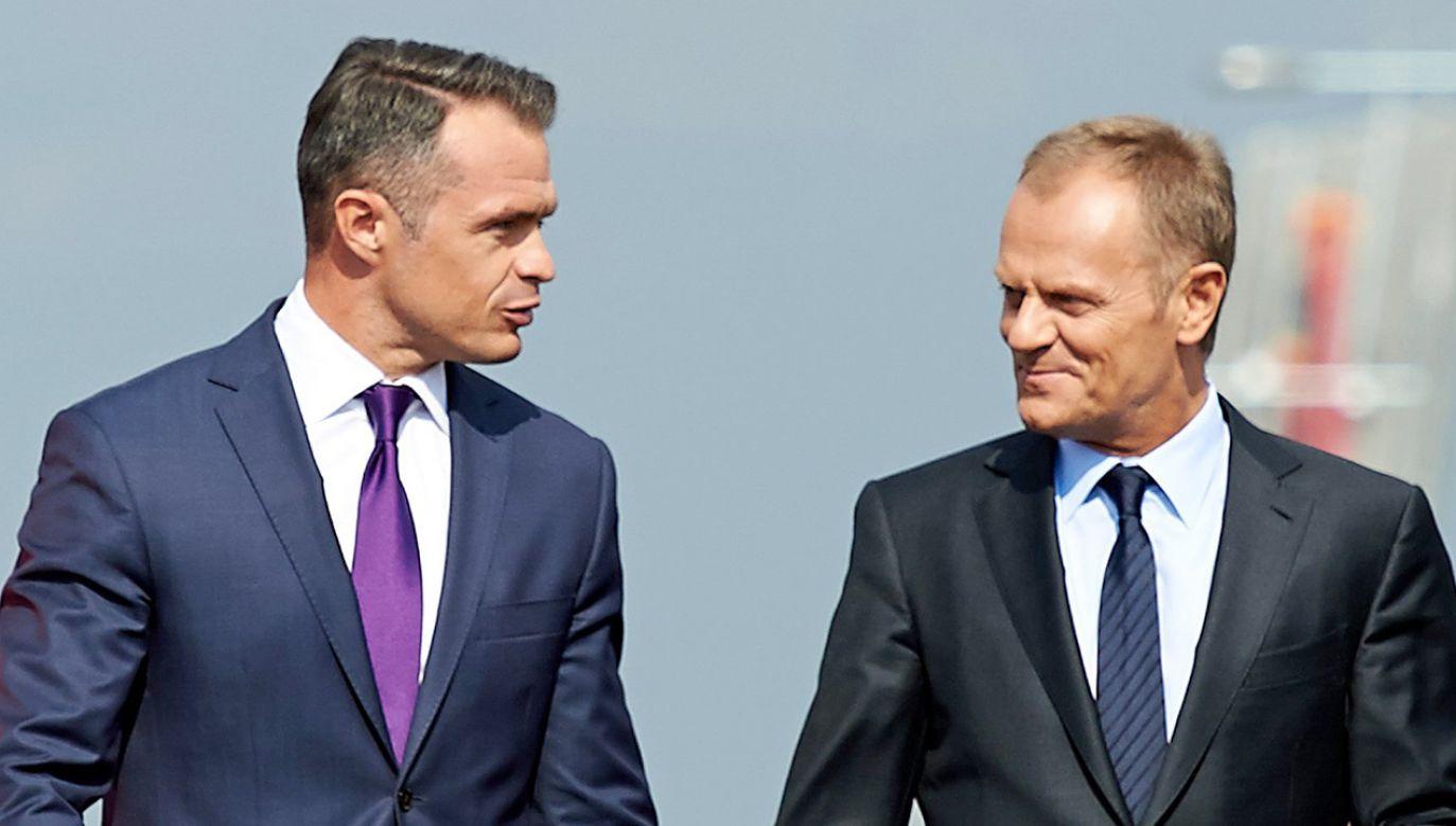 Sławomir Nowak, Donald Tusk (fot. PAP/Adam Warżawa)