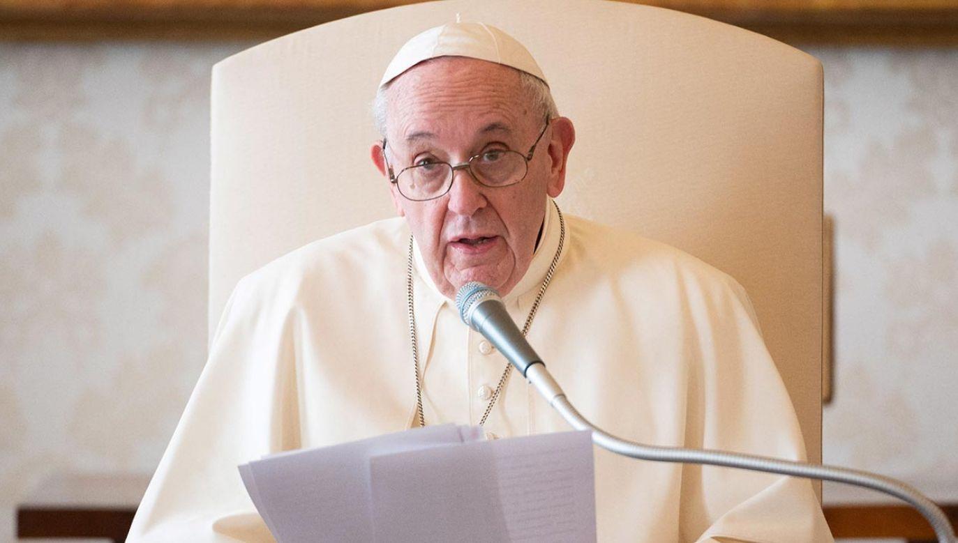 """Przesłanie papieża opublikowano w dniu ogólnoświatowej inicjatywy """"Cities for Life"""" (fot. PAP/EPA/VATICAN MEDIA HANDOUT)"""